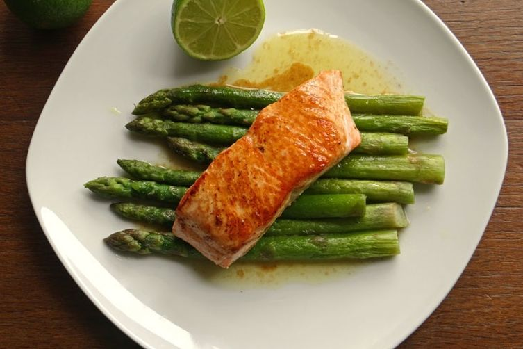 Pan-seared salmon with brown butter lime sauce and roasted asparagus ...