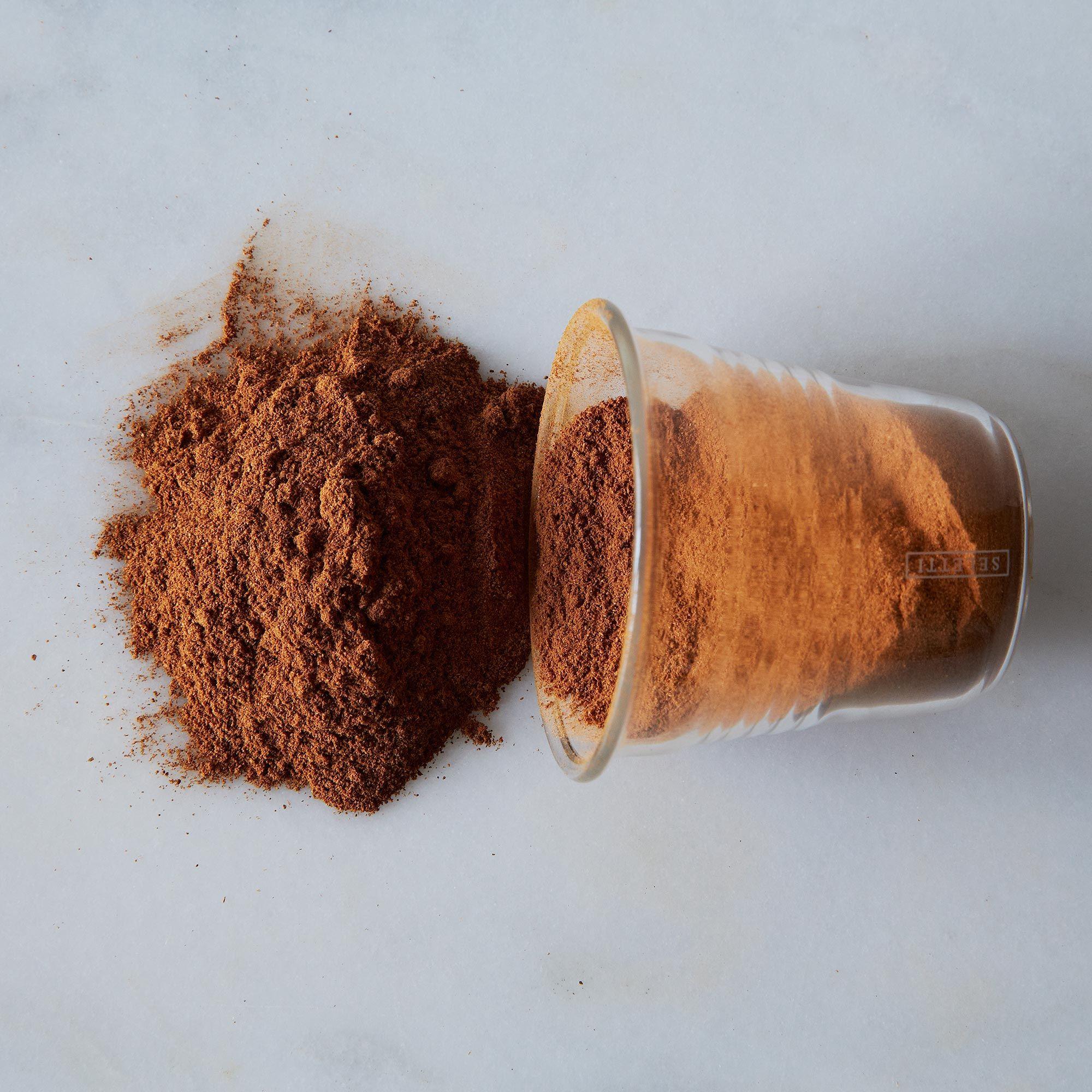 18f242ad 20c9 42e2 91b6 ea36f12eab20  2013 0710 oaktown spice shop cinnamon mid 093