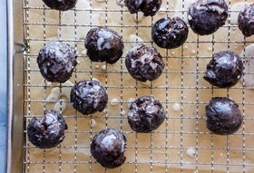 How to Make Homemade Chocolate Munchkins