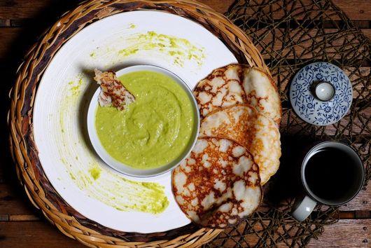 Split Pea Hummus with Coconut Naan Bread