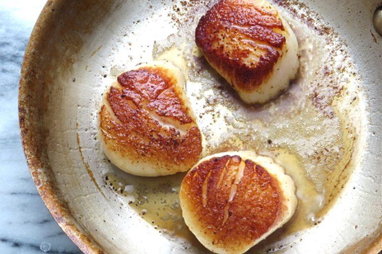 pan seared scallops over mash