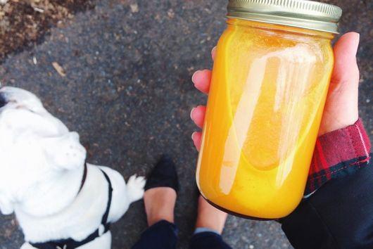 Sunshine Juice – Spicy Apple Turmeric Juice