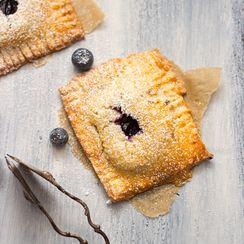 blueberry hand pies with vanilla custard