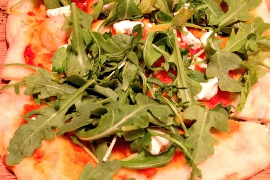 Grilled Flatbread with Goat Cheese and Arugula