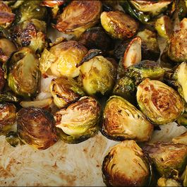 C87b15bf-5804-4e2b-aa7f-43c51dd81fc9.carmelized_brussel_sprouts