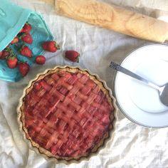 Grain Free Vegan Strawberry Rhubarb Tart