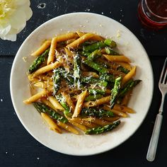 Two 20-Minute Solutions for Pasta + Sauce, Made in the Same Pan