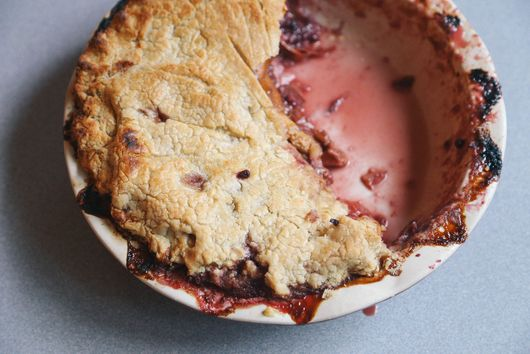 Grain-Free Boysenberry Peach Pie