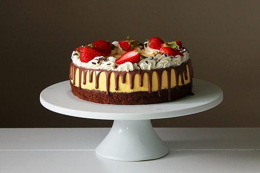 Mango mousse chocolate cake