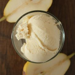 Caramelized pear ice cream