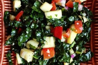 022d84ae-fdee-4752-bdc1-bc19c85abaa2--food_photo_spicy_pineapple_kale_salad