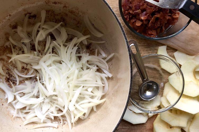 Sauerkraut with Bacon & Sautéed Apples