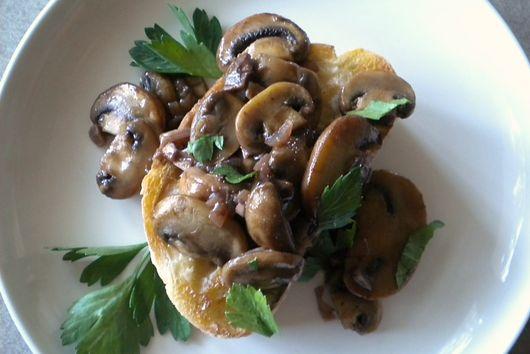 Horseradish Buttered Mushroom Toasts