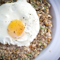 Nutty, Garlicky, Herby Lentils with a Fried Egg