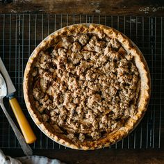 A Gluten-Free Apple Crumble Pie to Keep All Your Guests Fed