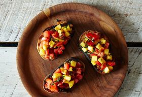 How to Make Bruschetta without a Recipe