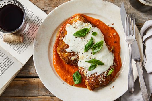 Crispy Chicken Parmesan With Fresh Tomato Sauce