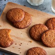 171f5732 e85d 412a aae3 370999844c98  2018 1127 simple riffable molasses cookies 3x2 rocky luten 016