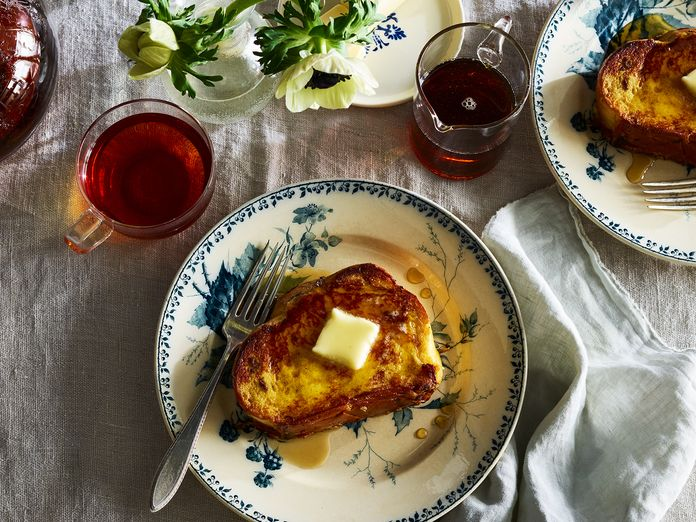 """The """"Bell-less, Whistle-less, Damn Good French Toast"""" Beloved by 3,208 of Us"""