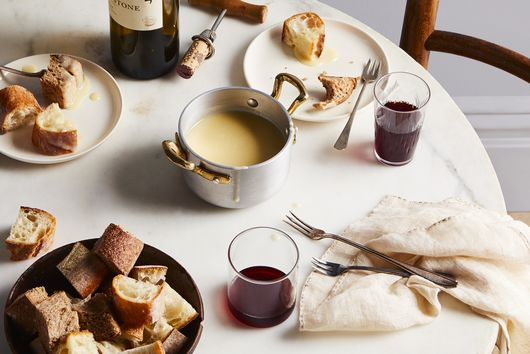 How to Entertain the French Way with Minimal Effort, Maximum Cheese