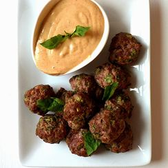 Thai Meatball Poppers with Creamy Peanut Dipping Sauce