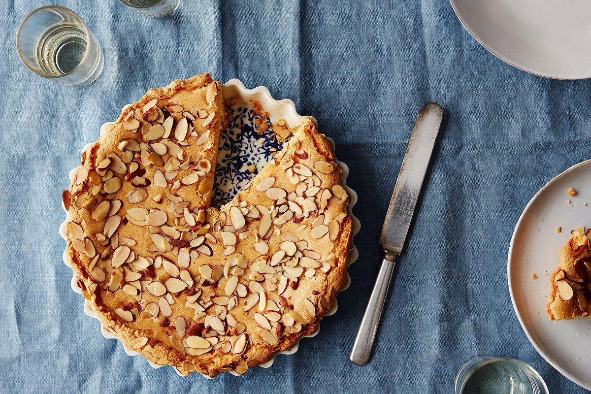 Easy Burnt Almond Cake Recipe