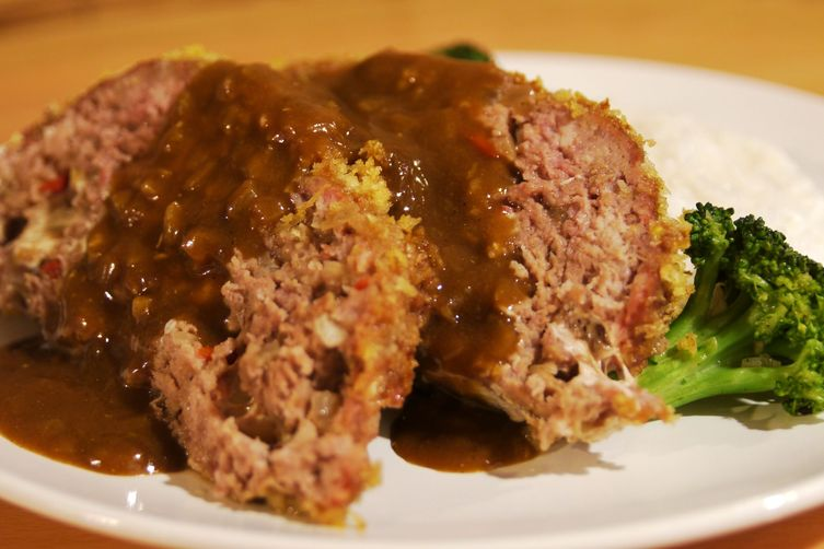Panko Crusted Mozzarella Stuffed Japanese Curry Meatloaf