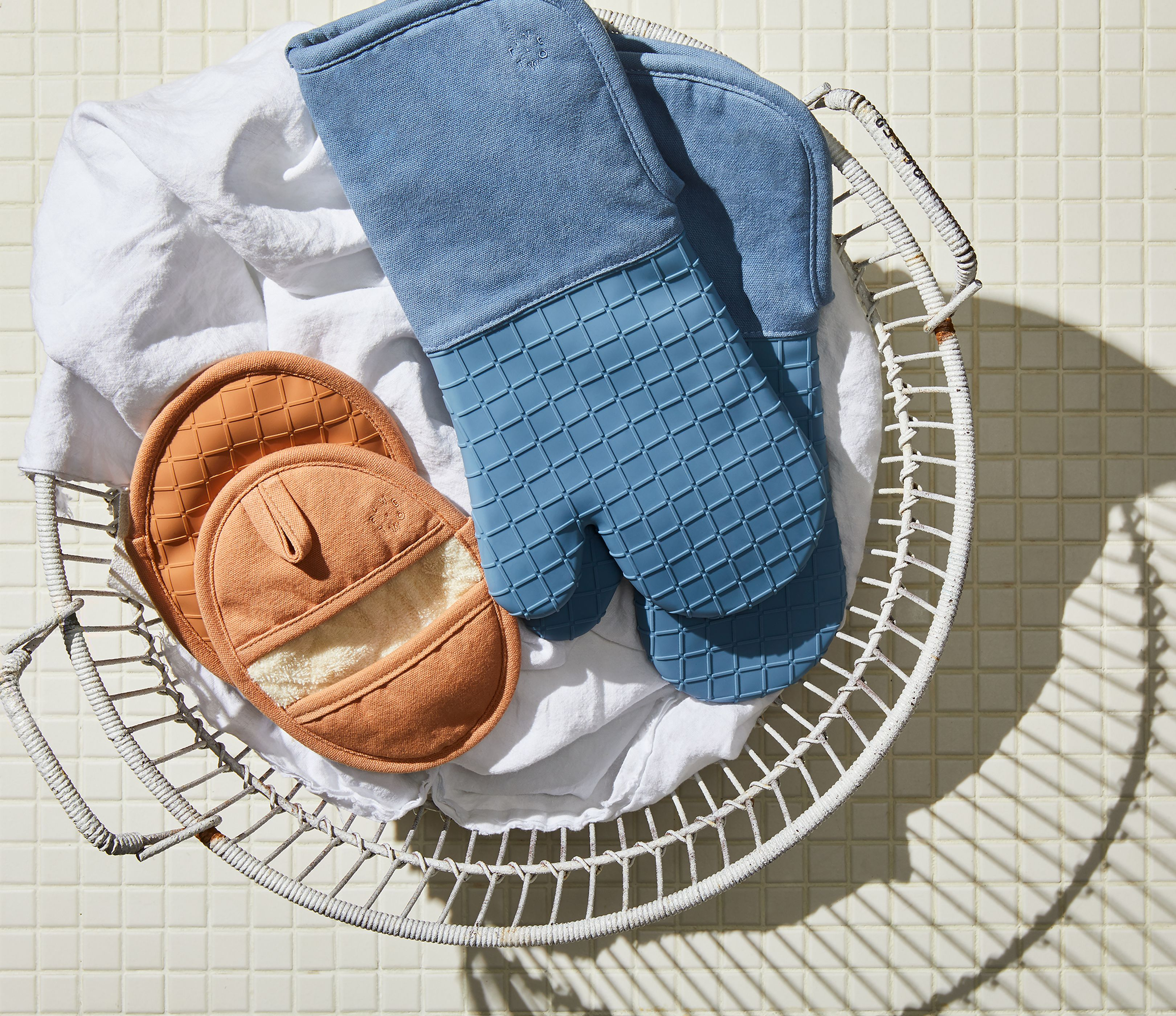 Five Two Silicone Oven Mitts Pot Holders From Food52 On Food52