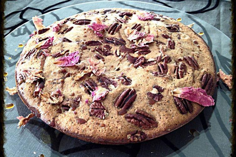 Rosy Pecans Cake