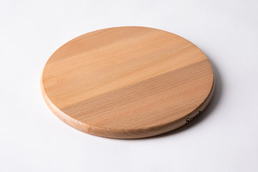Staub Round Magnetic Wooden Trivet