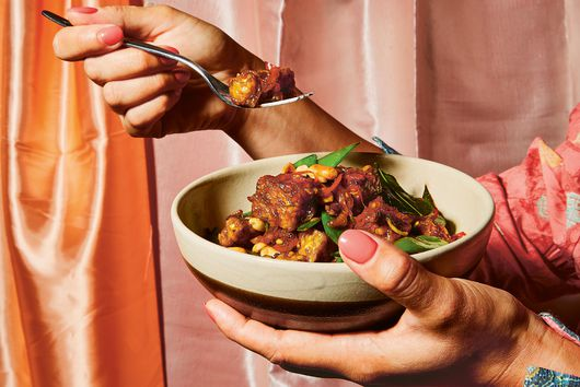 A Sticky, Peanutty Tempeh to Win Weeknight Dinner