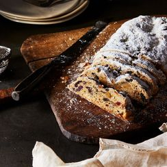 Stollen: The Ultimate Christmas Bread That Only Gets Better with Age