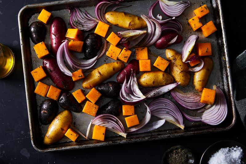 Veg of the same type? Check. Arranged in a single layer? Check. Glistening and well seasoned? Check.