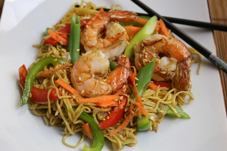 Japanese Style Shrimp Stir Fry (or Ebi(??) Yakasobe(????)) with Ramen Noodles