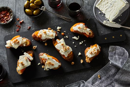 7 Reasons Goat Cheese Is Our Ultimate Party Trick