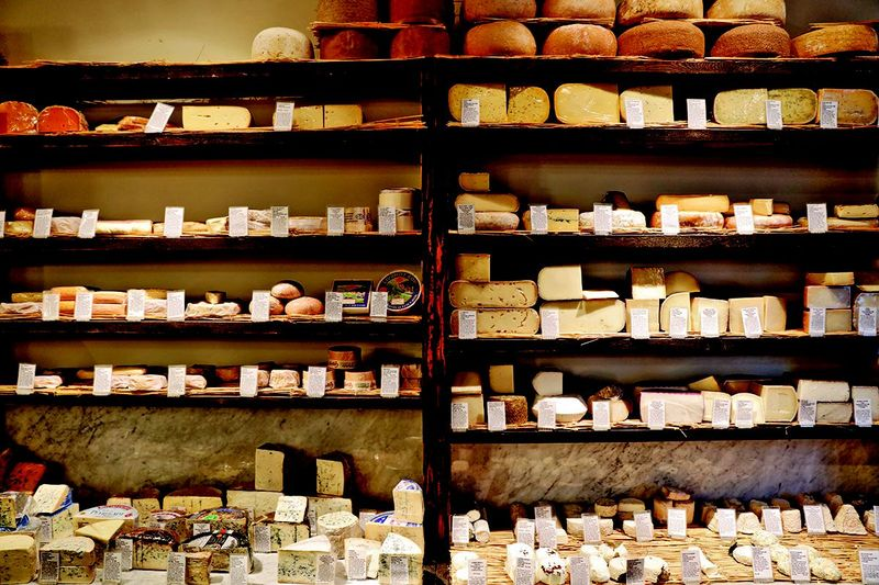 La Fromagerie (cheese heaven).