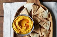 Why Hummus is a Lunchtime Savior