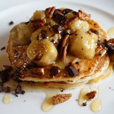 Honey-Drizzled Vanilla Bean Pancakes with Caramelised Bananas
