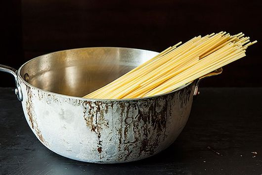 Is This How We're Really Supposed to Be Draining Pasta?