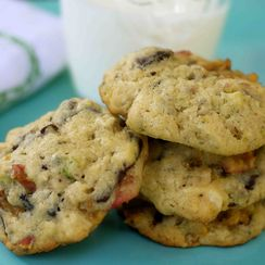 Kitchen sink cookies (cherry, chocolate and pistachio)