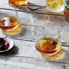 3 Reasons to Simplify Your Cocktails This Fall