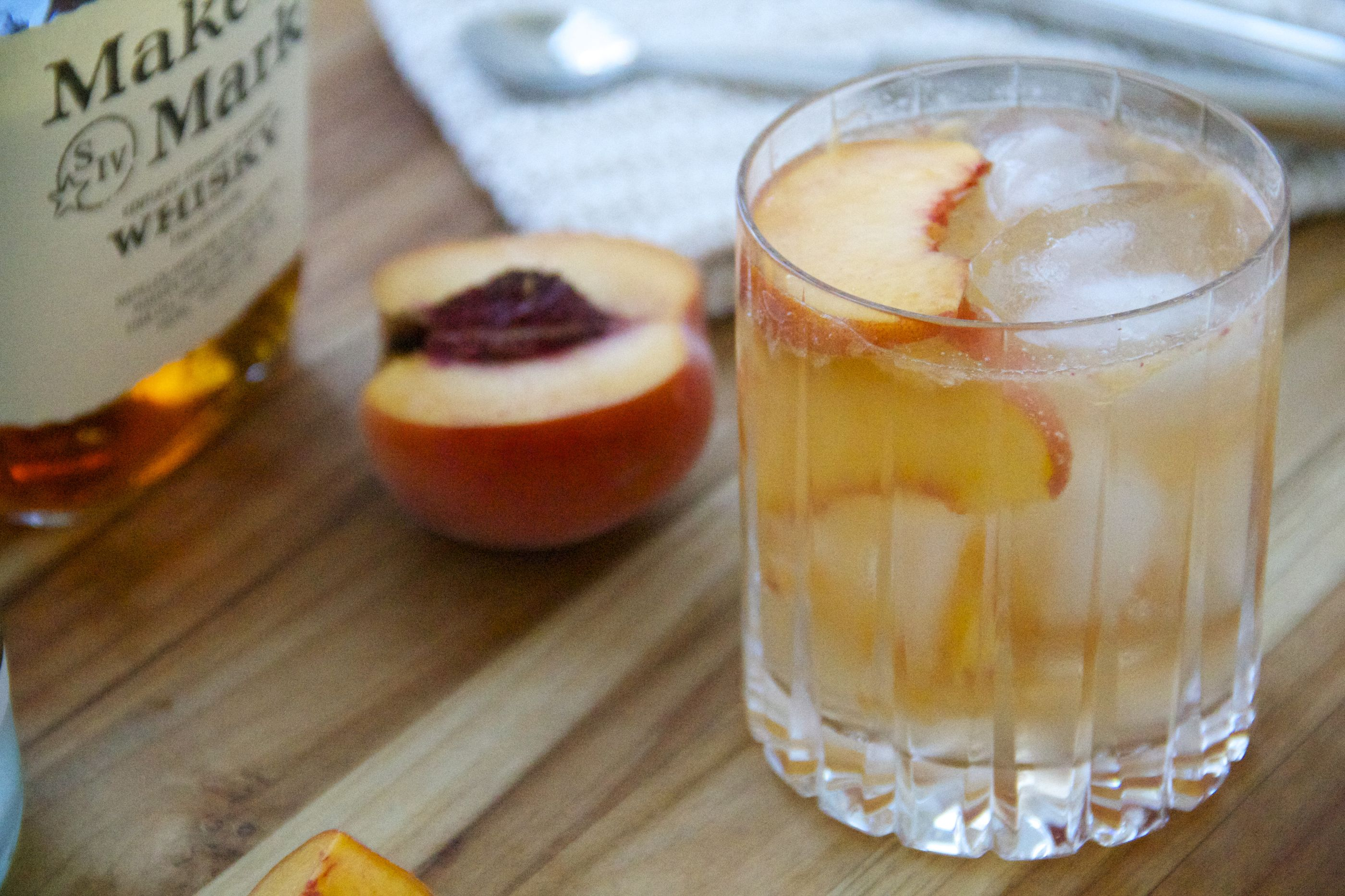 Ginger Peach Whiskey Smash