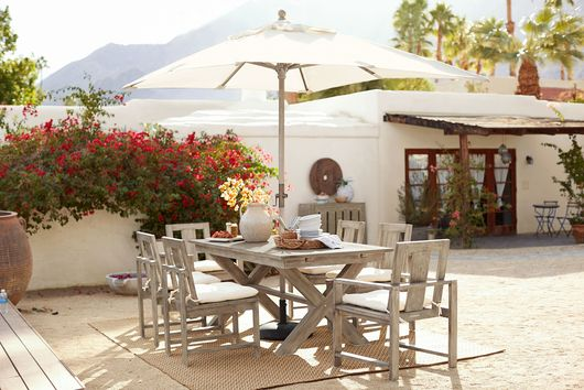 5 Ways to Spiff Up Your Outdoor Table When Guests Are Calling