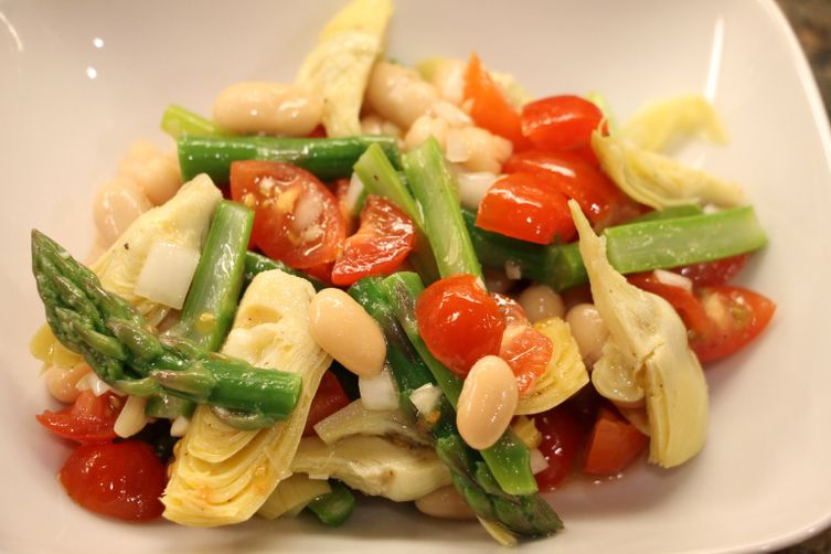 Light Spring Asparagus & Artichoke Salad