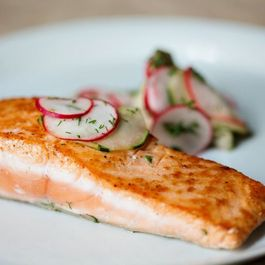 Salmon with Cucumbers