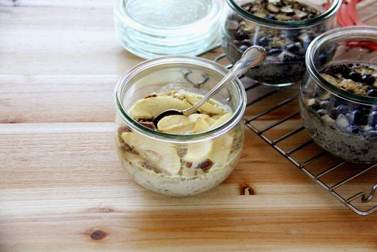 Baked Steel Cut Oatmeal with Almonds and Almond Milk