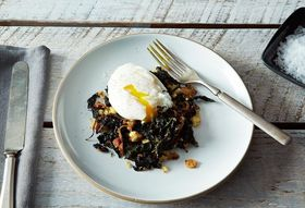 Learn to Make a Perfect Poached Egg (with Vintage A&M!)