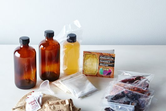 DIY Ghost Chili Hot Sauce Kit