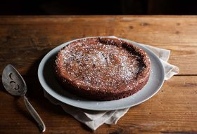 A Nearly-Flourless Chocolate Cake for Valentine's Day (or Any Day, TBH)