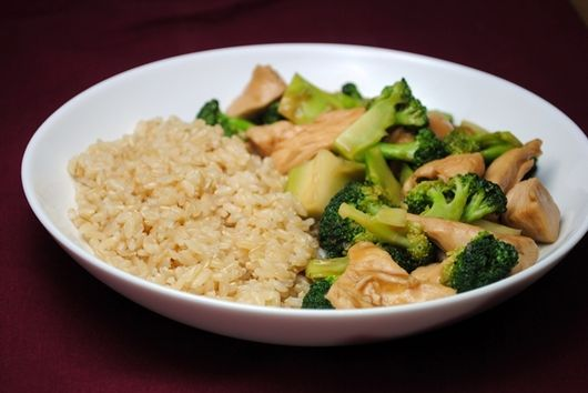 Lunch Special Chicken or Tofu with Broccoli and Brown Sauce